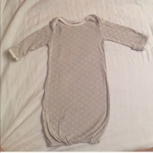 Infant sleeping gown 0-6 months with mitten sleeve